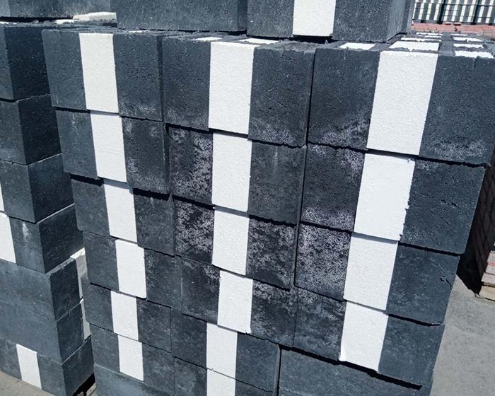 什么是自保温砌块复合墙板?它有哪些优势?